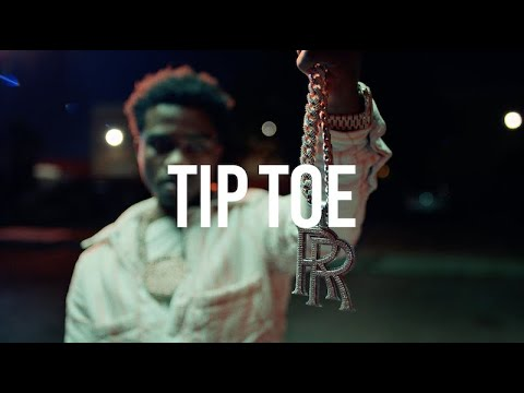 Roddy Ricch -  Tip Toe feat. A Boogie Wit Da Hoodie [Official Music Video]