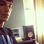 DJ Lorenzi