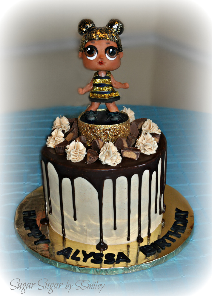 Astonishing Alyssas Lol Queen Bee Birthday Cake Cake Decorating Community Funny Birthday Cards Online Inifofree Goldxyz