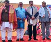 Sandeep Marwah Inaugurated Poush Mela at Indirapuram