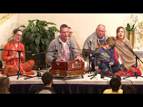 Hare Krishna Maha Mantra chanted by The League of Yogis