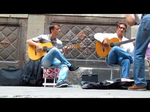 """Incroyable Guitare sèche """"une Scène dans la rue"""""""