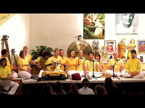 Jay bajaranga bali Jay hanumana ki | by yogateachers from Bad Meinberg