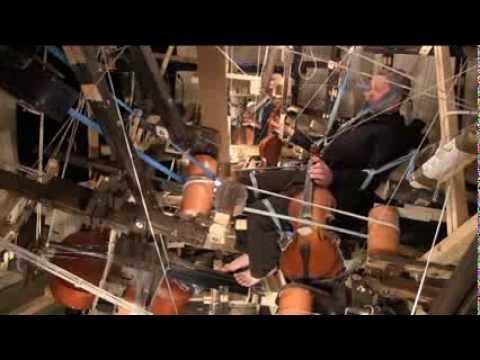 Vladimir Pliassov plays on the machine of his own invention. J.S.Bach. Fuga super Allein Gott