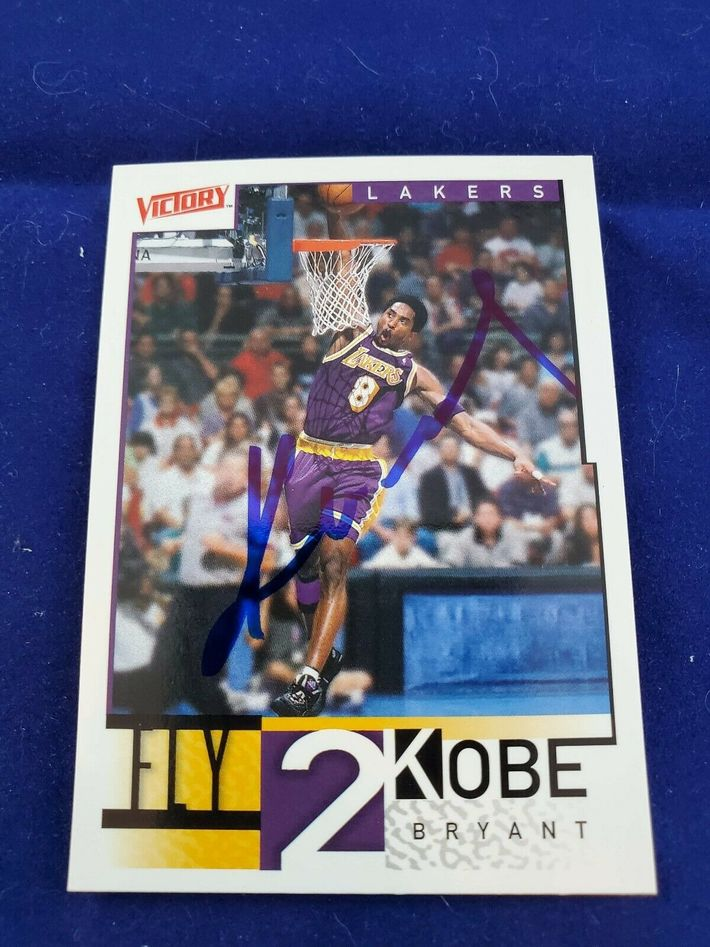 Likely Not Genuine: Kobe Bryant Signed Card with COA! See Photos! LA Lakers! $250