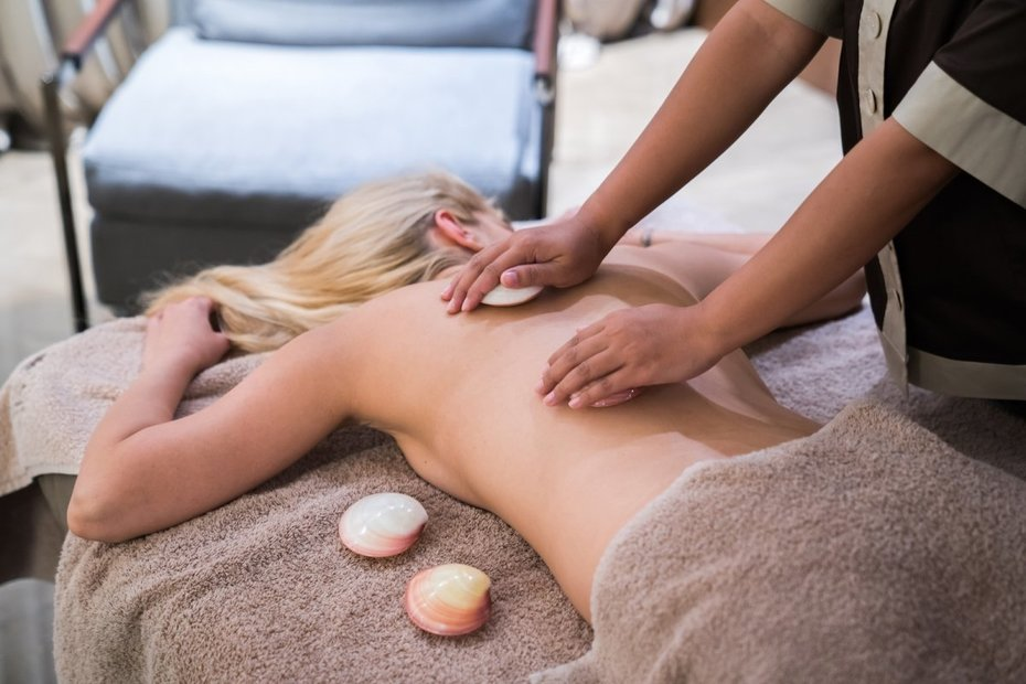 Skin benefits of full body massage
