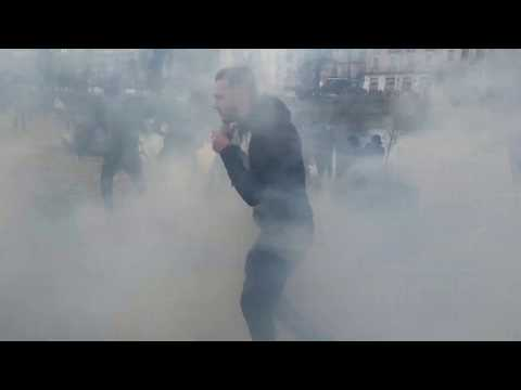 Nantes, France: Militant Eco-Cultists, Blac Block and Antifa Joins the Yellow Vests