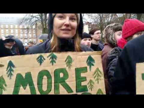 Speaking with Climate Strike Protestors on 5G