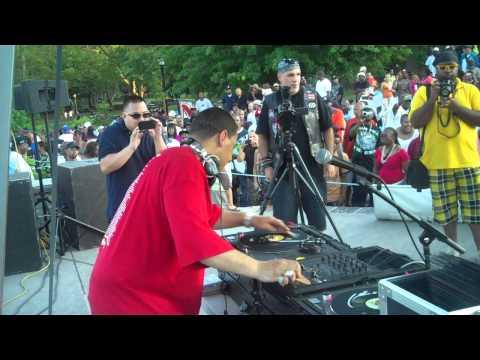 """Kid Capri spinning 45's at crotona park """"Tools of war"""" part 8/9"""