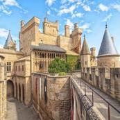 Semana Santa: Castillos de Navarra y Nacedero del Urederra