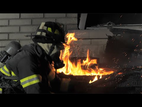 Store front fire goes to 2-alarms, Allentown, PA. Fire Department