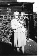 Mary Elaine Markosian, Sadie Drysdale