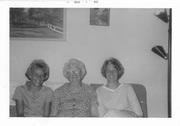 my photo box. bonnie sarah linda august 63