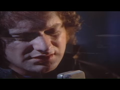 Foreigner - I Want To Know What Love Is (Official Music Video)