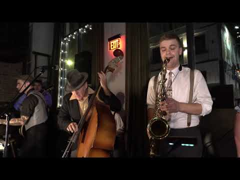 The Willies- Aint Misbehavin at  Live at The Black Rabbit