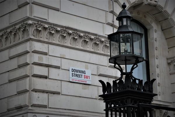 UK government pledges £1bn to support startups