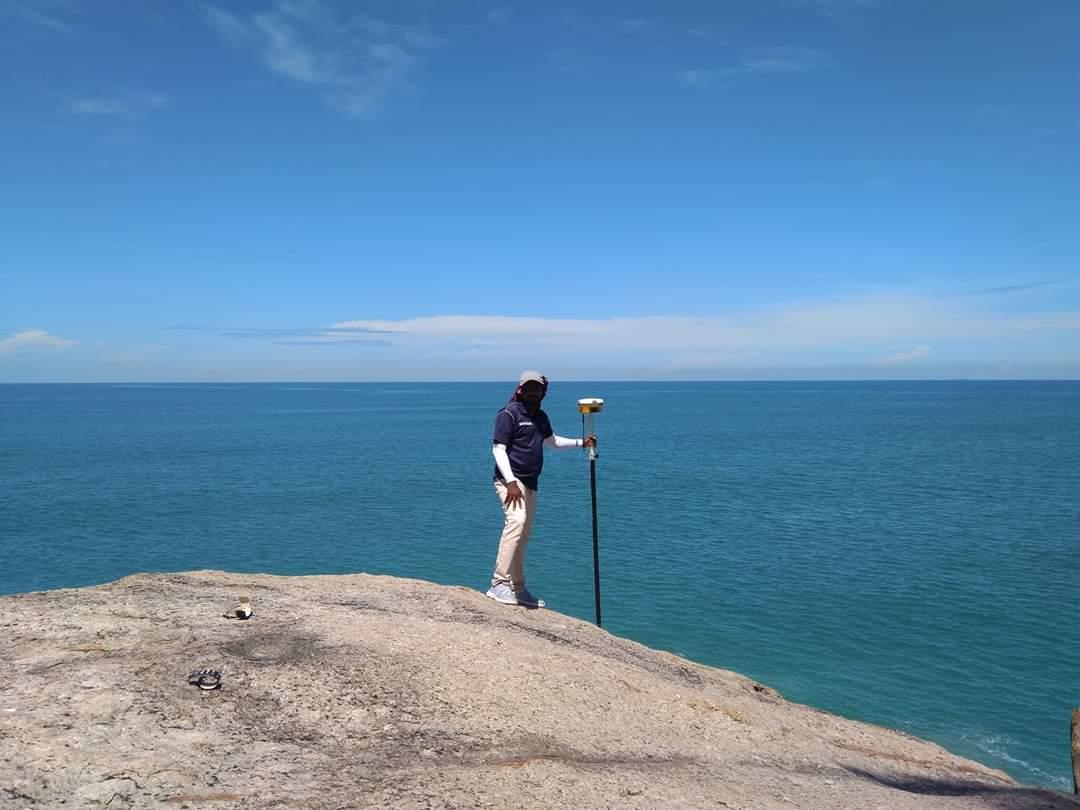 Sri Lanka Land Surveying on the Coast