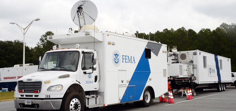Hospitals push FEMA to form broad supply pact with medtech