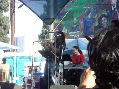Dontae Winslow & Kamasi Washington playing live LA African American Music festival 2010