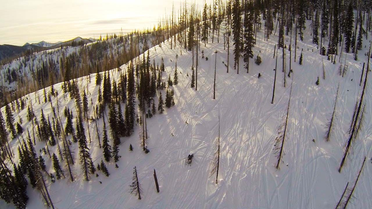 Montana Snowmobiling aerials with Multirotors and GoPros