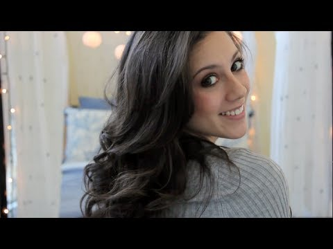 Everyday Hair Tutorial: How to Curl Hair with a Straightener