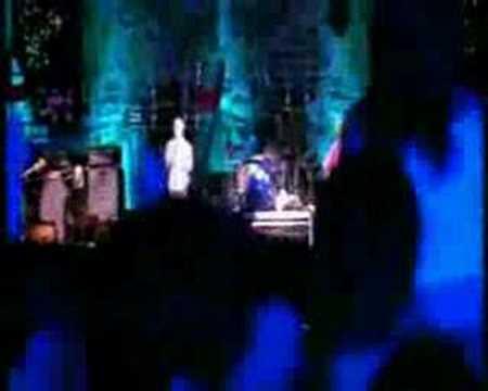 R.E.M. - Everybody Hurts (Legendado em Português)