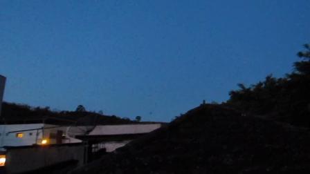 OVNI 10112011 - BICAS-MG - FILMADO POR LUCIO 19:30 HORAS