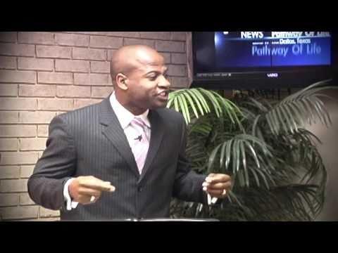 Ricardo Miller teaches on Leadership