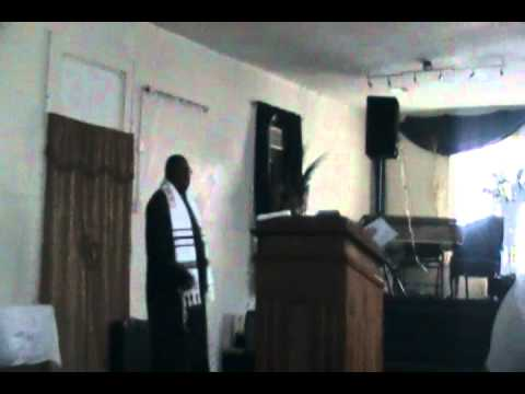 Bishop Rickey Williams: Desperate But Dangerous / Sunday Morning Service / 4-3-2011 / Part 1
