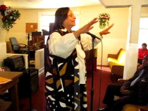 """First Sunday Morning Service pt.2~~Dr. Gloria Thomas MSW"" Inspiring Words!"