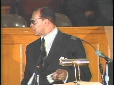 Min. Farrakhan Talks To Preachers