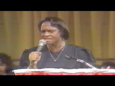 Evang. Jackie McCullough Preaches at 1994 PAW Convention