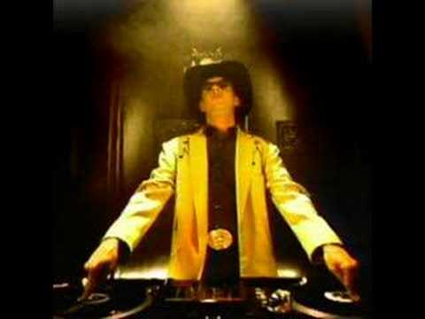 Fatboy Slim - Funk Soul Brother- Check it out NOW