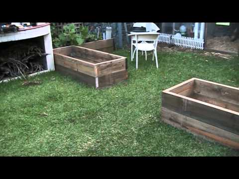 Adding new gardens at the Manor or  Building the monolith pt1