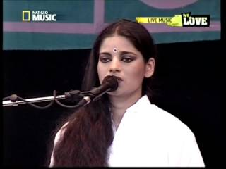 Sheila Chandra - Ever so Lonely (Live)