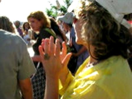 Jerusalem Hug 2009b