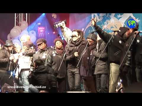 Harlem Gospel & SuperStar singing Imagine