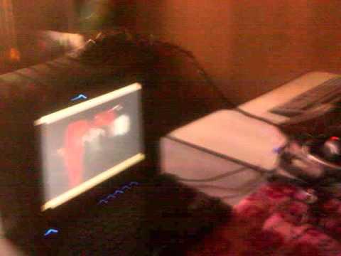 Releitura: Eu, o Violinista e a Web Cam baseado en Nam June Paike