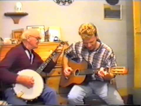Tom Barriball plays Classic Banjo
