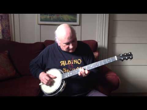 Albino Skunk plays Pensacola