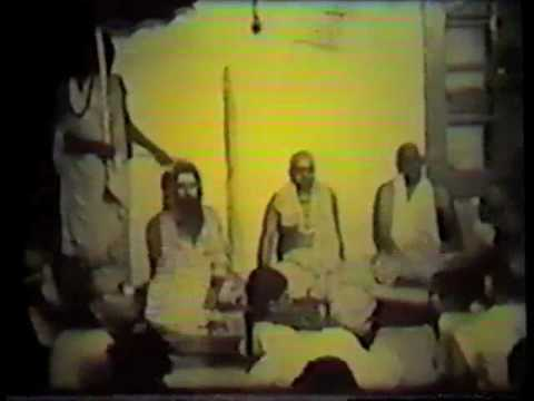 Swami Chidananda talks about Master Sivananda  # 2  4 of 5 Tracks