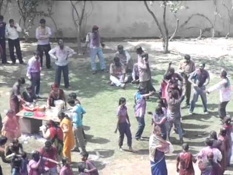 2011 HOLI -- THE 21st CENTURY UNIVERSAL COSMOPOLITAN FESTIVE SPIRIT OF INDIA -- PART 1