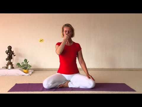 Chandra Bedha Pranayama - Breathing Exercise for Calming and Cooling