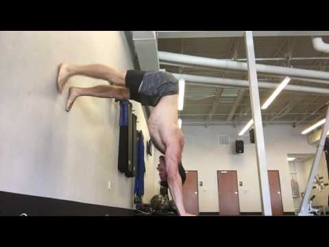 My favorite exercise for handstand strengthening