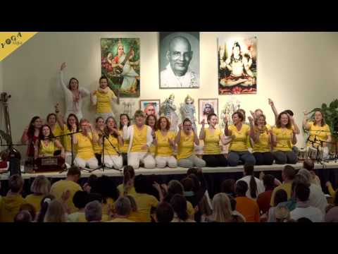 Peace Prayer - Om Purnamadah Purnamidam - by Lalitha and the yoga course instructors for children
