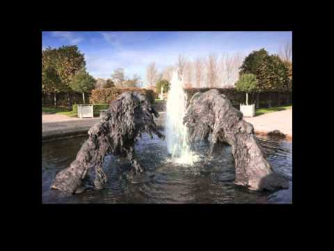 Meet the Artist - Lynda Benglis
