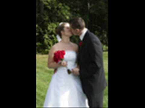www.mauius.com The Leading Maui Wedding Planner