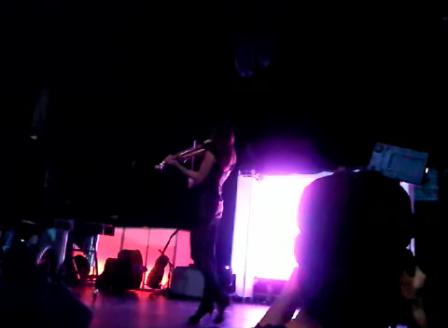 Gigi - solo violinist