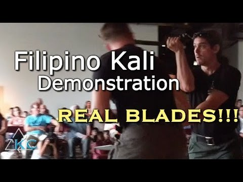REAL FILIPINO KALI DEMONSTRATION! At the Field Museum in Chicago
