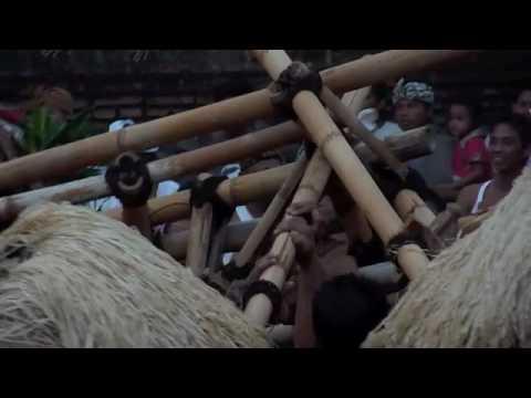 Bali Shortcuts: Perang Dewa